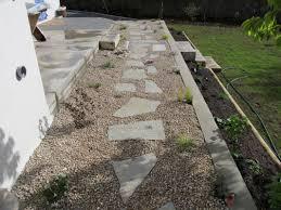 pierre pour jardin zen maçonnerie de jardin dans le doubs duchesne jardins