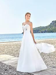robe de mariée baya robe de mariée fluide point mariage - Robe Mariage