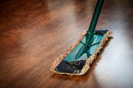 top reasons to keep your hardwood floors clean and best ways to do