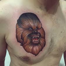 tatuaje de estilo neotradicional de chewbacca tatuajes en el