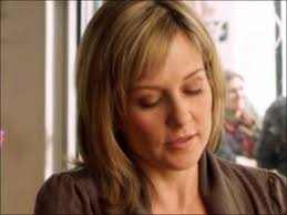 linda reagan hairstyle blue bloods blue bloods s1