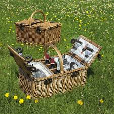 best picnic basket 13 best picnic baskets images on picnic baskets