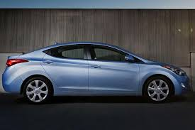 hyundai elantra vs sonata 2013 2013 vs 2014 hyundai elantra what s the difference autotrader