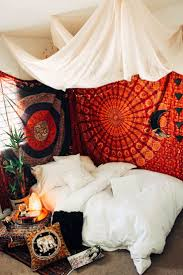 best 25 boho room ideas on pinterest bohemian room jewellery
