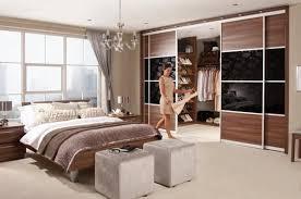 Master Bedroom Minimalist Design Walk In Closet Designs For A Master Bedroom Walk In Closet Designs