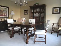 Dark Dining Room Table Need A New Light Fresh Look To Update This Dark Dining Room