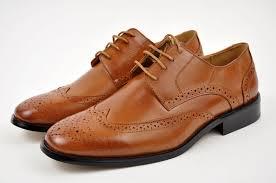 mens brown wingtip shoes best 25 mens wingtip shoes ideas on
