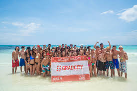 senior trips for high school graduates high school and graduation trips gradcity
