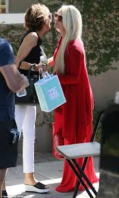 what skincare does lisa rimma use lisa rinna films scenes with rhobh newcomer erika jayne in los