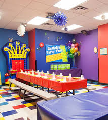 party rooms chicago chicago indoor bounce house attractions and pictures it up