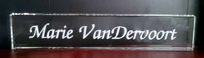 etched glass desk name plates personalized desk name plates crystal images inc
