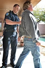 Arrest Warrant Vs Bench Warrant Arrest Warrants Article Police Magazine