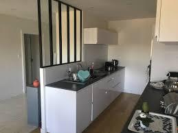 cuisine chambery cuisine blanche avec verrière à chambery cuisiniste haut de