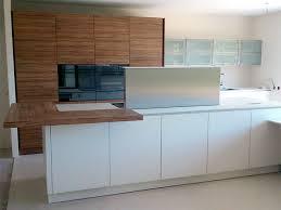 cuisine blanc mat sans poign cuisine haut de gamme sans poignée alno et armoires eggersmann