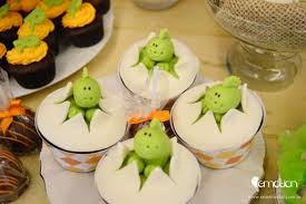 dinosaur cupcakes 10 must haves for your dinosaur party catch my party