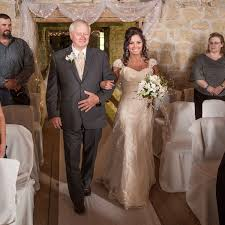 Dress Barn Mother Of The Bride Dresses Western Wedding With Rustic Décor At The Oldest Barn In Iowa