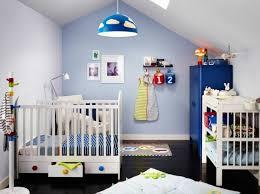 decorer une chambre bebe décorer la chambre avant l arrivée de bébé