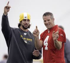 packers aaron rodgers looking forward to return of brett favre
