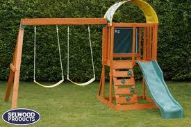 andorra climbing frame ideal for small gardens