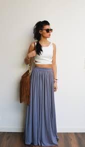 style boheme chic maxi jupe longue grise en jersey taille haute fluide et plissée
