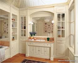 Traditional Bathroom Designs Ideas Small Traditional Bathroom - Classic bathroom design