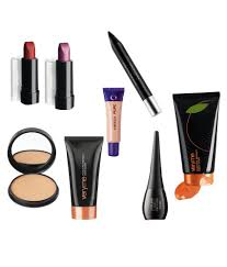 oriflame makeup kit gm buy oriflame makeup kit gm at best prices