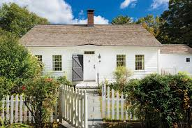 a cozy cape cod in new england old house restoration products