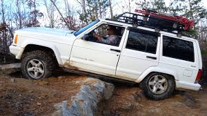 jeep cherokee off road tires jeep cherokee xj struggling off road but wins youtube