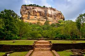 where are the best places to visit in sri lanka with family