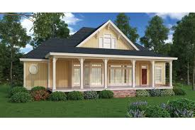 country plans wraparound porches cool this pleasant country cottage hwbdo76447