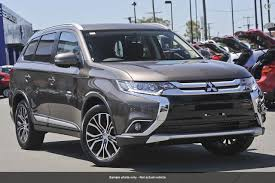 outlander mitsubishi 2017 mitsubishi outlander located ferry rd and helensvale von bibra