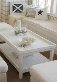 Living Room Table Decorating Ideas by Best 25 Coffee Table Decorations Ideas On Pinterest Diy Table