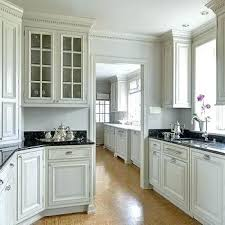 kitchen cabinet moulding ideas kitchen cabinet moulding crown moulding ideas for kitchen cabinets