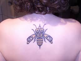 tattoosday a tattoo blog tattoorism a bee autiful tattoo from