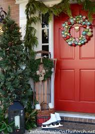 Christmas Porch Decorations by Christmas Porch Decorating Ideas
