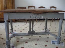 repeindre une table de cuisine en bois comment ceruser un meuble vernis 10 peindre une table basse en