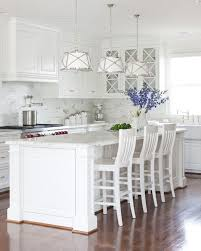 Best White Paint For Kitchen Cabinets by Top 25 Best White Kitchen Island Ideas On Pinterest White