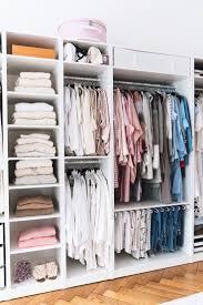 Schlafzimmerschrank Billig Kaufen Die Besten 25 Offener Kleiderschrank Ideen Auf Pinterest