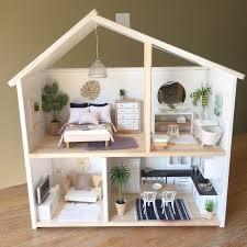Dollhouse Modern Furniture by Best 25 Barbie House Ideas On Pinterest Diy Dollhouse Diy Doll