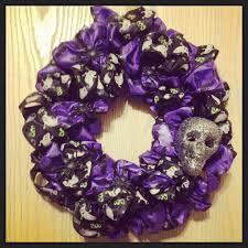 Halloween Wreath Diy Fall Arrangements Bouquets And Florists On Pinterest Halloween
