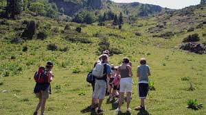 famille bureau marmottes compagnie famille bureau guides ariege pyrenees 2 bureau