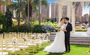 wedding backdrop gold coast hong kong outdoor garden wedding hong kong gold coast hotel