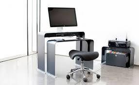 meuble pour ordinateur de bureau onelessdesk bureau ultra fin en métal bureau pour ordinateur