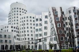 architektur im moderne architektur im medienhafen düsseldorf foto bild