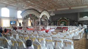 white houzz wedding okay