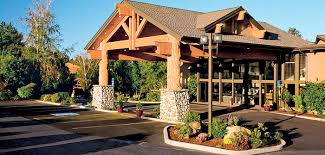hotels in river oregon bend oregon hotel convention center to reopen as riverhouse on