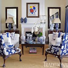 Blue Living Rooms by A Fashion Designer U0027s Home In The Hamptons Traditional Home