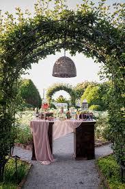 wedding arch nashville nashville event venue spotlight carnton plantation southern