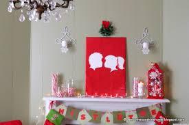 christmas craft ideas kissing under the mistletoe silhouette wall