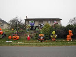 Halloween Decor Home by Halloween Decorations In The Neighborhood Orange County Ny Loversiq